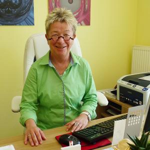 Dr. Angelika Werth